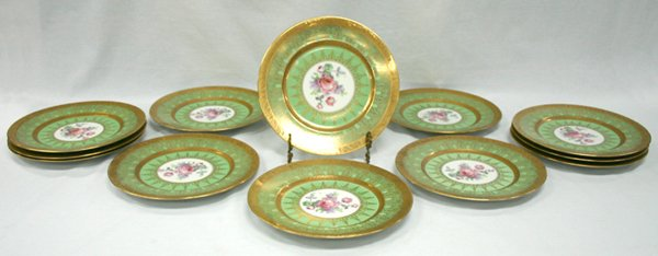 608: Set of Twelve Royal Bavarian Dinner Plates. 10.75""