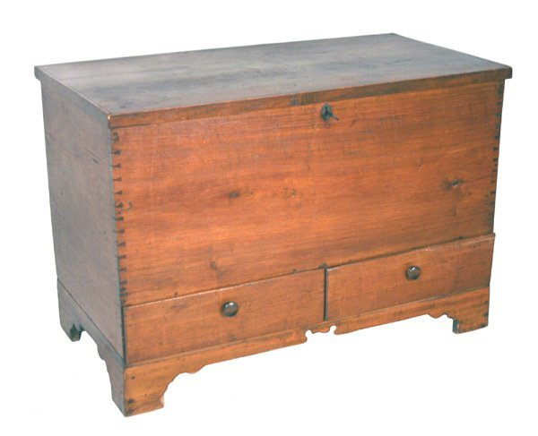 48: Southern Blanket Chest with two drawers, dovetail c