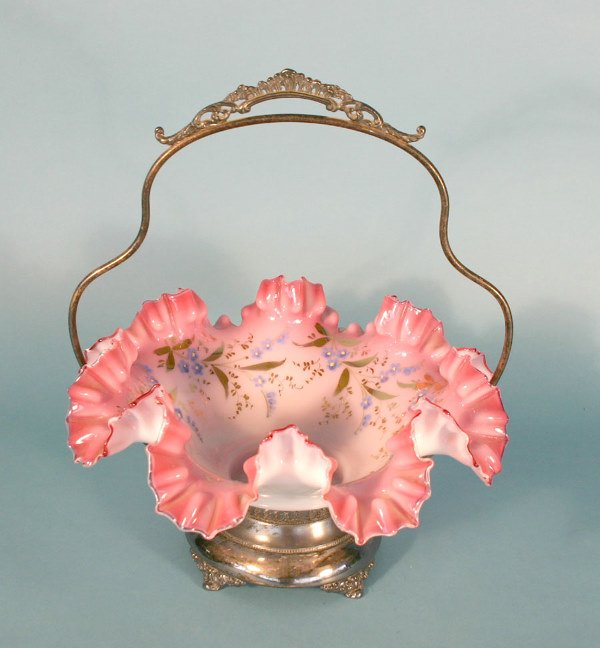 13: Ruffled Victorian Style Brides Basket