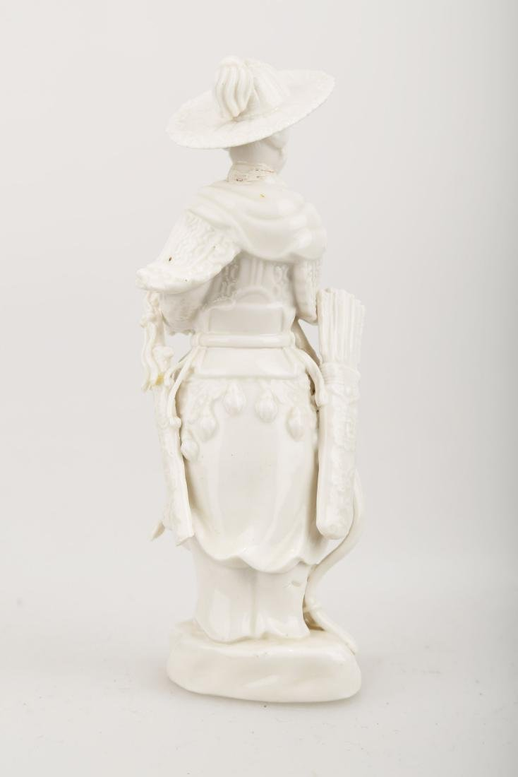A BLANC DE PORCELAIN TRADITIONAL CHINESE WARRIOR - 3