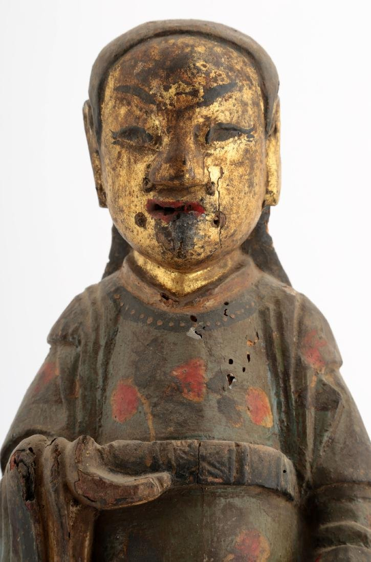 A GILT- LACQUERED WOOD FIGURE OF A DAOIST IMMORTAL - 4