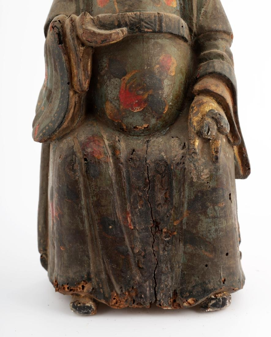 A GILT- LACQUERED WOOD FIGURE OF A DAOIST IMMORTAL - 6