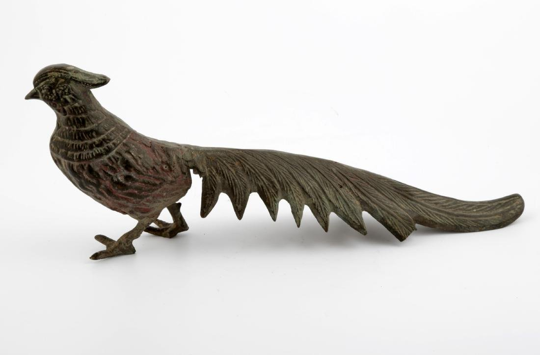 A CHINESE BRONZE PEACOCK SCULPTURE. - 2