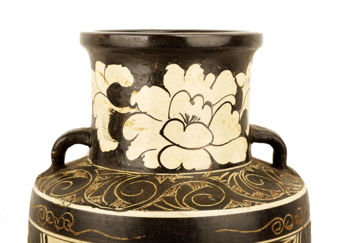 A GARNET-GLAZE CARVED WITH LOTUS FLOWERS, DRAGON AND - 6