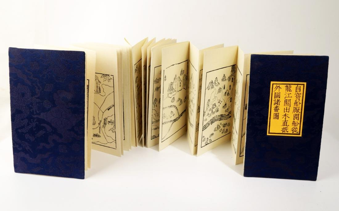 A PACK BY FOLD BUDDHIST SUTRA BOOK. HARDCOVER.B004. - 2