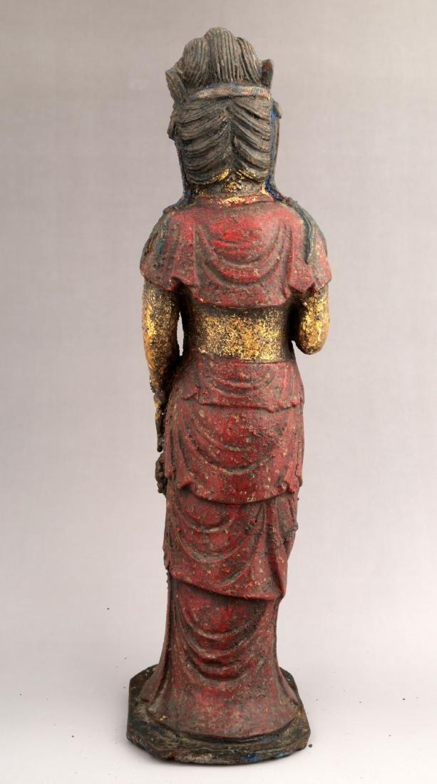 A GILT- LACQUERED METAL FIGURE OF GUANYIN BUDDHA. - 2