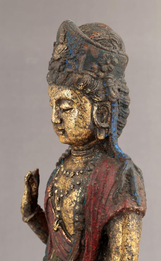 A GILT- LACQUERED METAL FIGURE OF GUANYIN BUDDHA. - 5