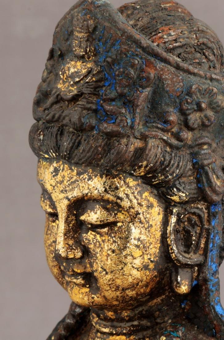 A GILT- LACQUERED METAL FIGURE OF GUANYIN BUDDHA. - 6