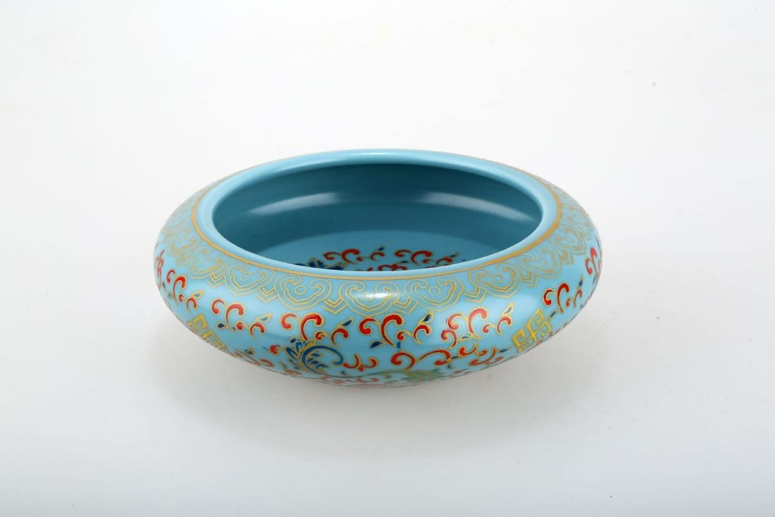 A QING DYNASTY STYLE TURQUOISE-GROUND PAINTED ENAMEL