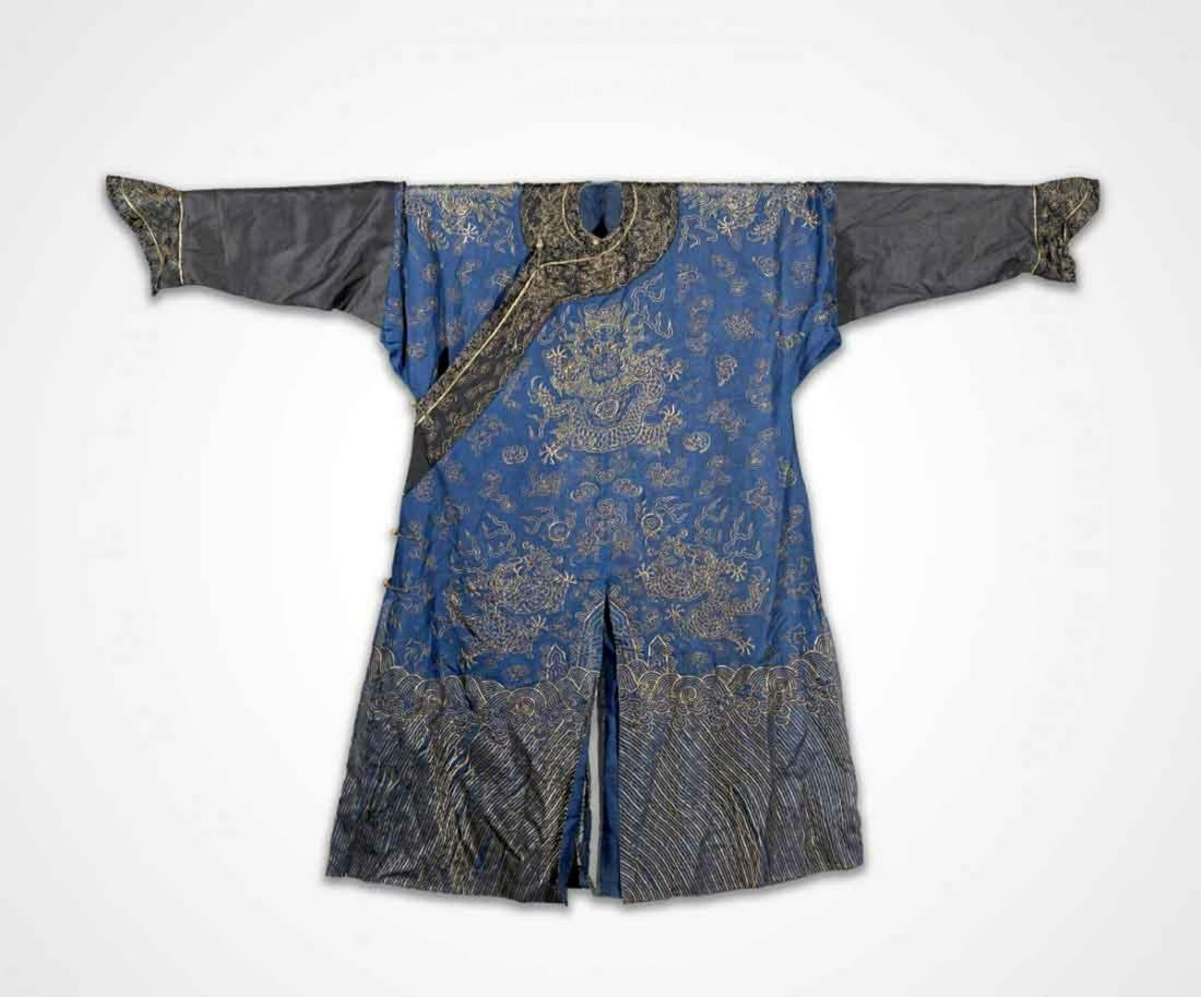 ANTIQUE CHINESE IMPERIAL-STYLE EMBROIDERED SILK SUMMER