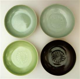 (4) A SET OF FOUR CHINESE RU WARE DISH.