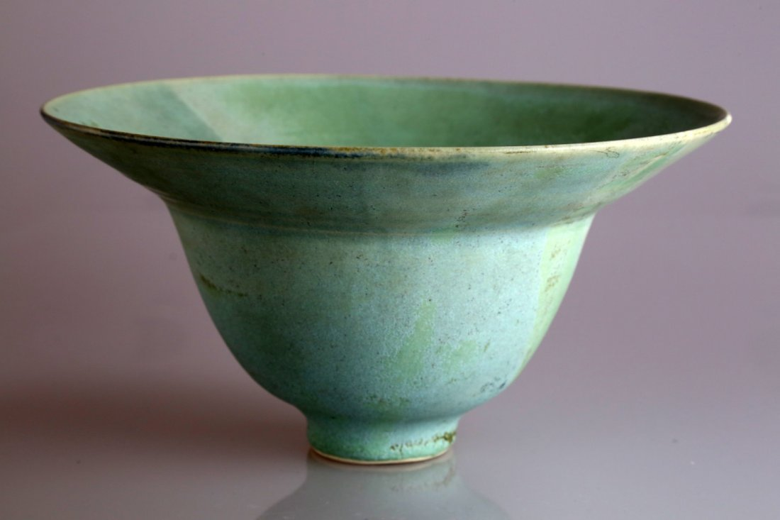 CHINESE SONG DYNASTY STYLE CELADON BOWL.