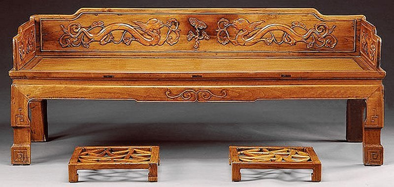 FINE THREE-RAILING LUOHAN CHUANG BED. Qing dynasty.