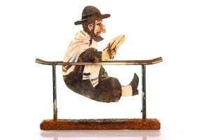 Movable anti-Semitic sculpture - mocking imitation of a