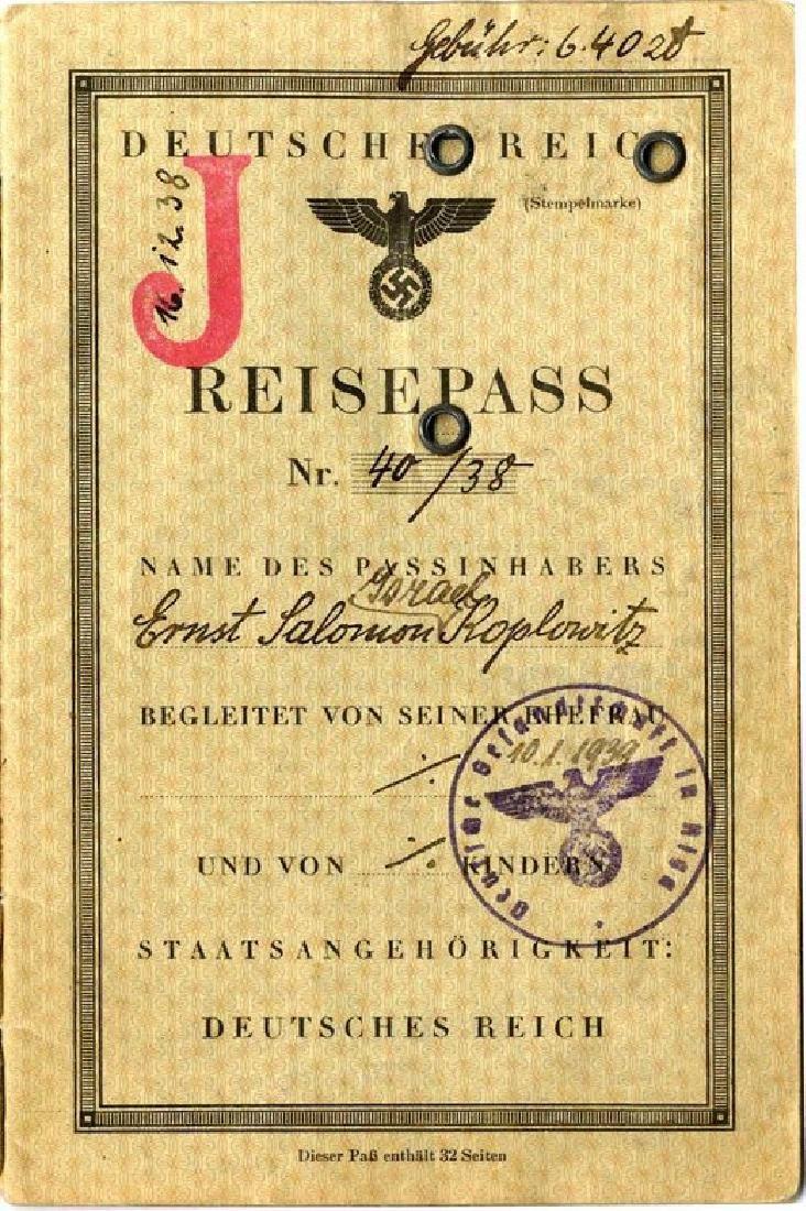 Passport of a German Jew. Deutsches Reich Reisepass.