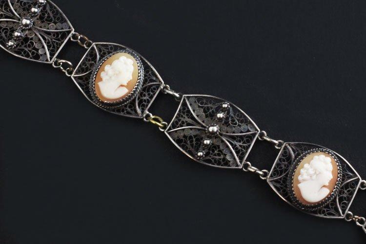 Vintage Cameo Bracelet in Silver - 2