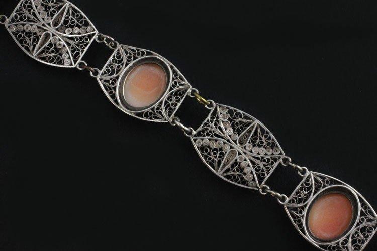 Vintage Cameo Bracelet in Silver - 3