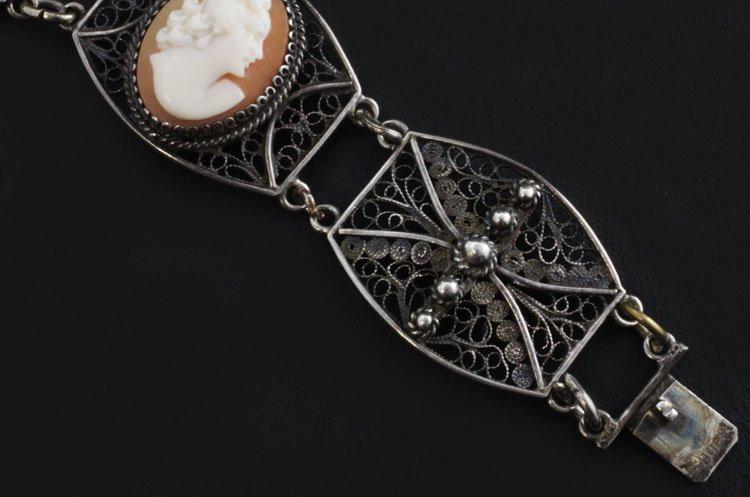 Vintage Cameo Bracelet in Silver - 4