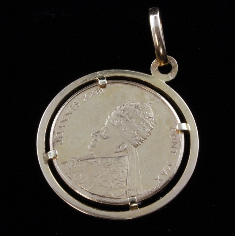 Joannes XXIII Pont Max Gold Coin Pendant