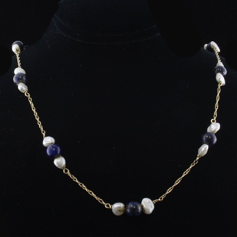 Pearl & Lapis Lazuli Necklace in Yellow Gold