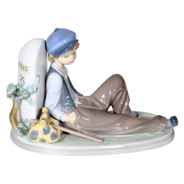 Lladro Time to Rest #5399 Retired