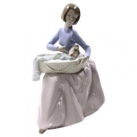 Nao Bundle Of Love Figurine