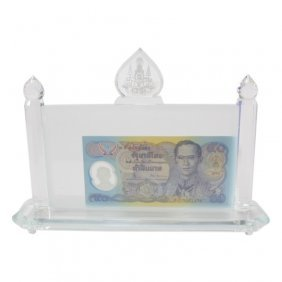 Thai Cut Crystal Currency Display