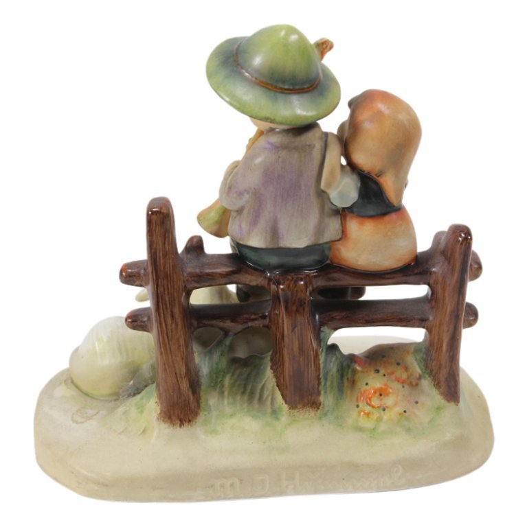 Hummel 99 Eventide Figurine - 2