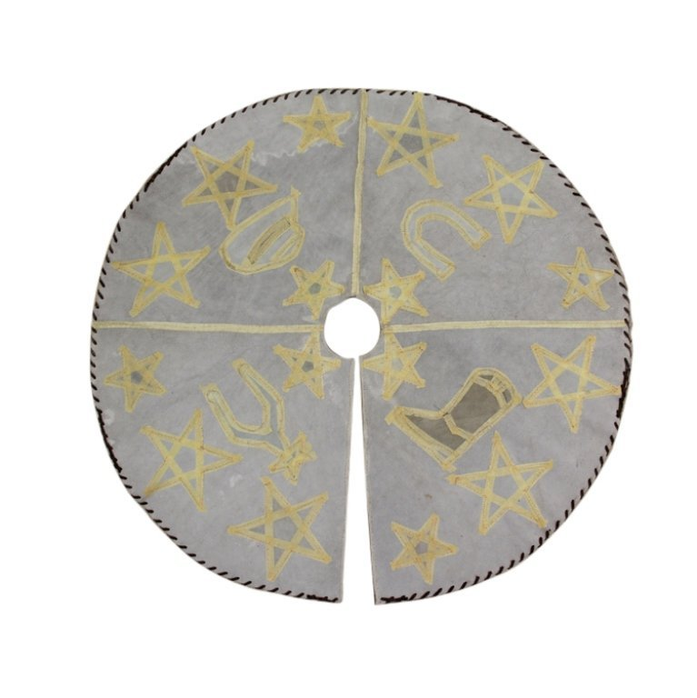 Cowhide Western Theme Tree Skirt - 2