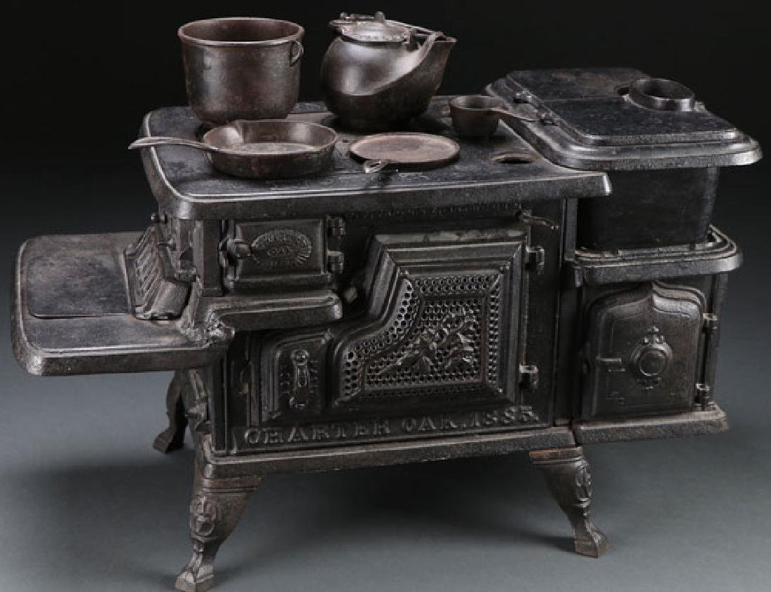 CHARTER OAK CAST IRON TOY STOVE OR SALES SAMPLE