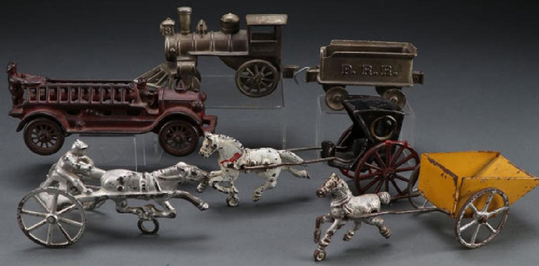 FIVE VINTAGE CAST IRON TOYS, EARLY 20TH CENTURY