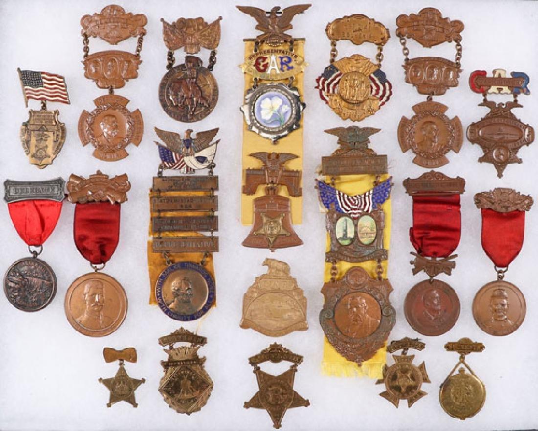 GROUP OF 18 FINE CIVIL WAR GAR BADGES, CIRCA 1896