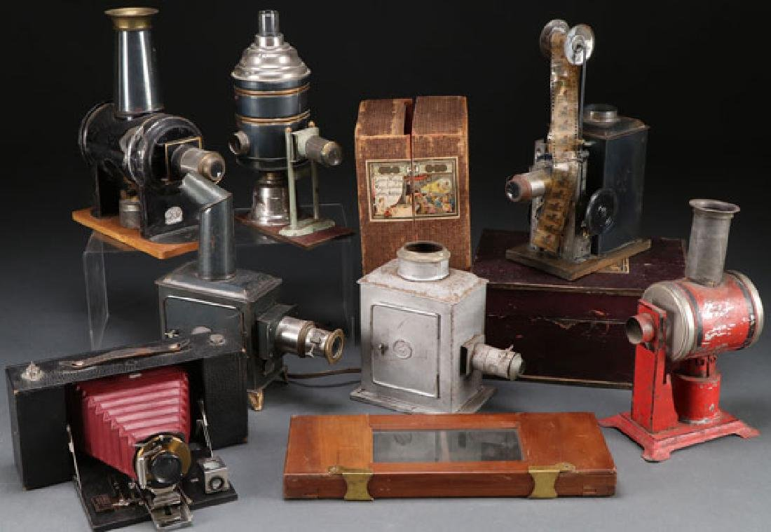 A GROUP OF SIX VINTAGE MAGIC LANTERNS