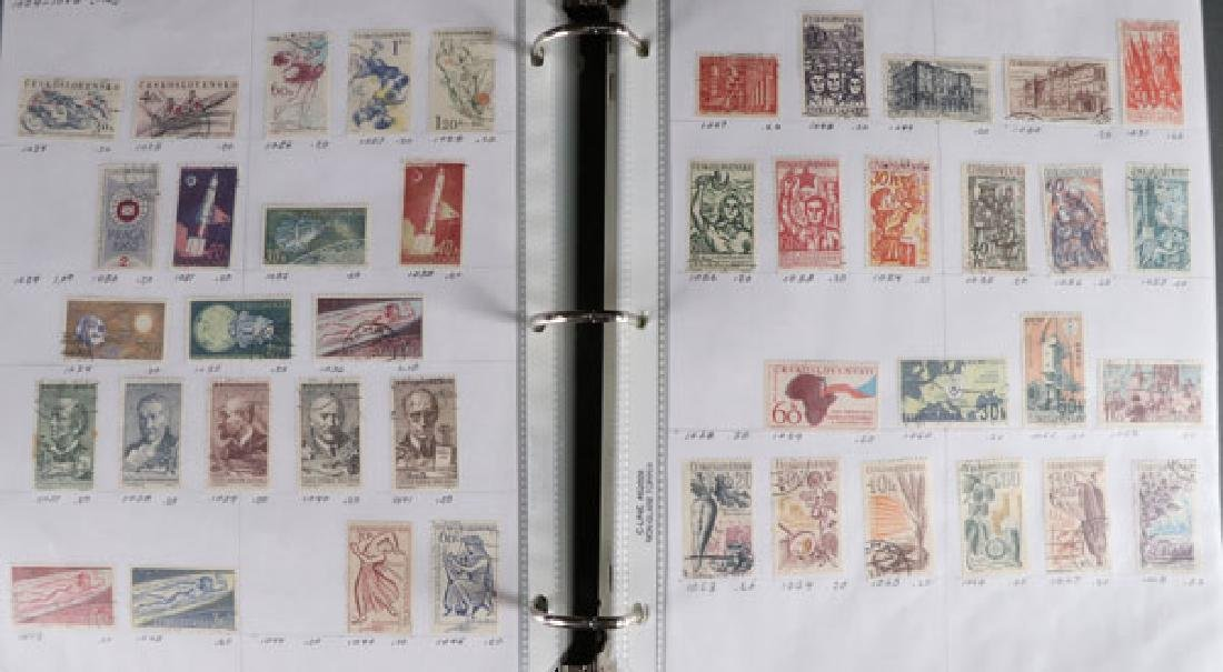 A LARGE HOARD OF FOREIGN STAMPS - 5
