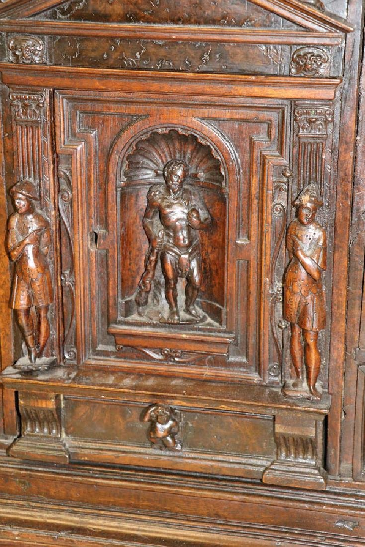 AN ITALIAN FIGURAL CARVED WOOD BAMBOCCI CABINET - 3