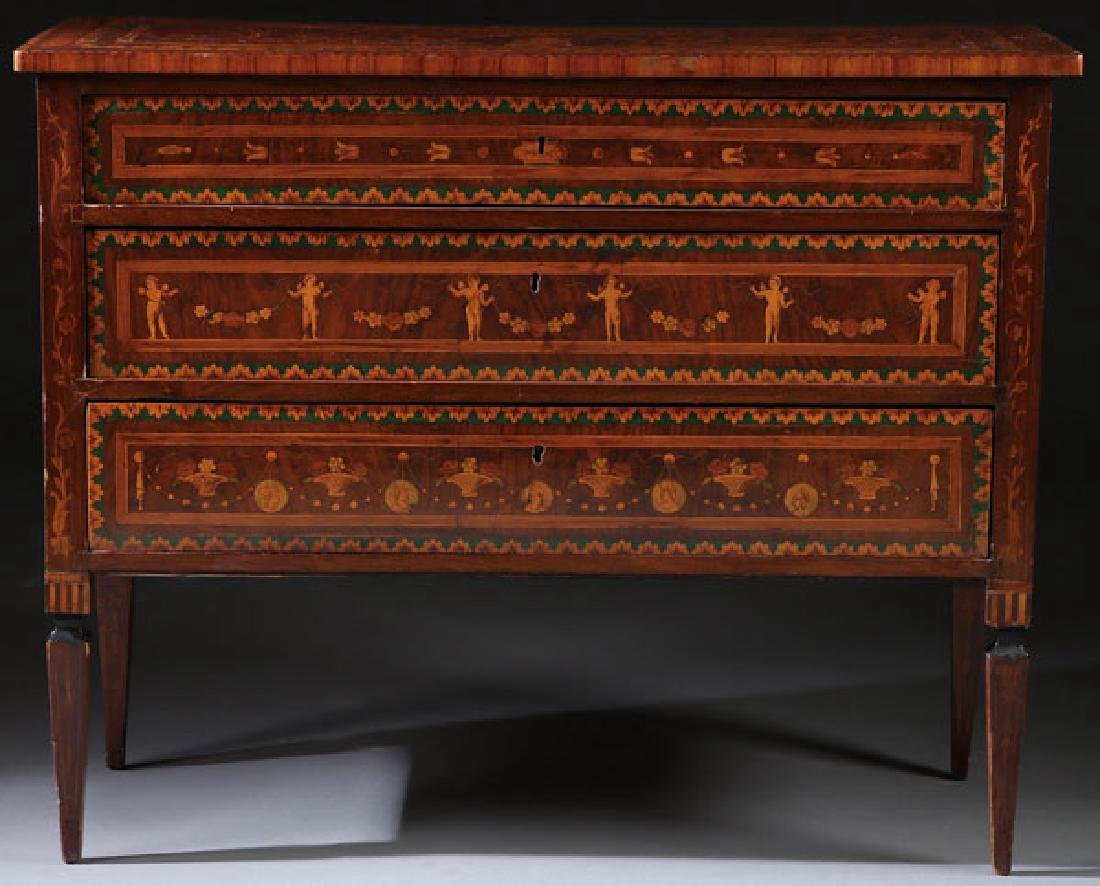 AN 18TH CENTURY ITALIAN MARQUETRY COMMODE