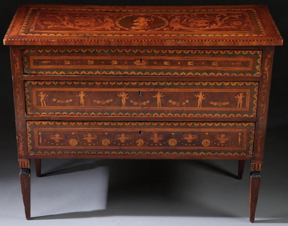 AN 18TH CENTURY ITALIAN MARQUETRY COMMODE - 2