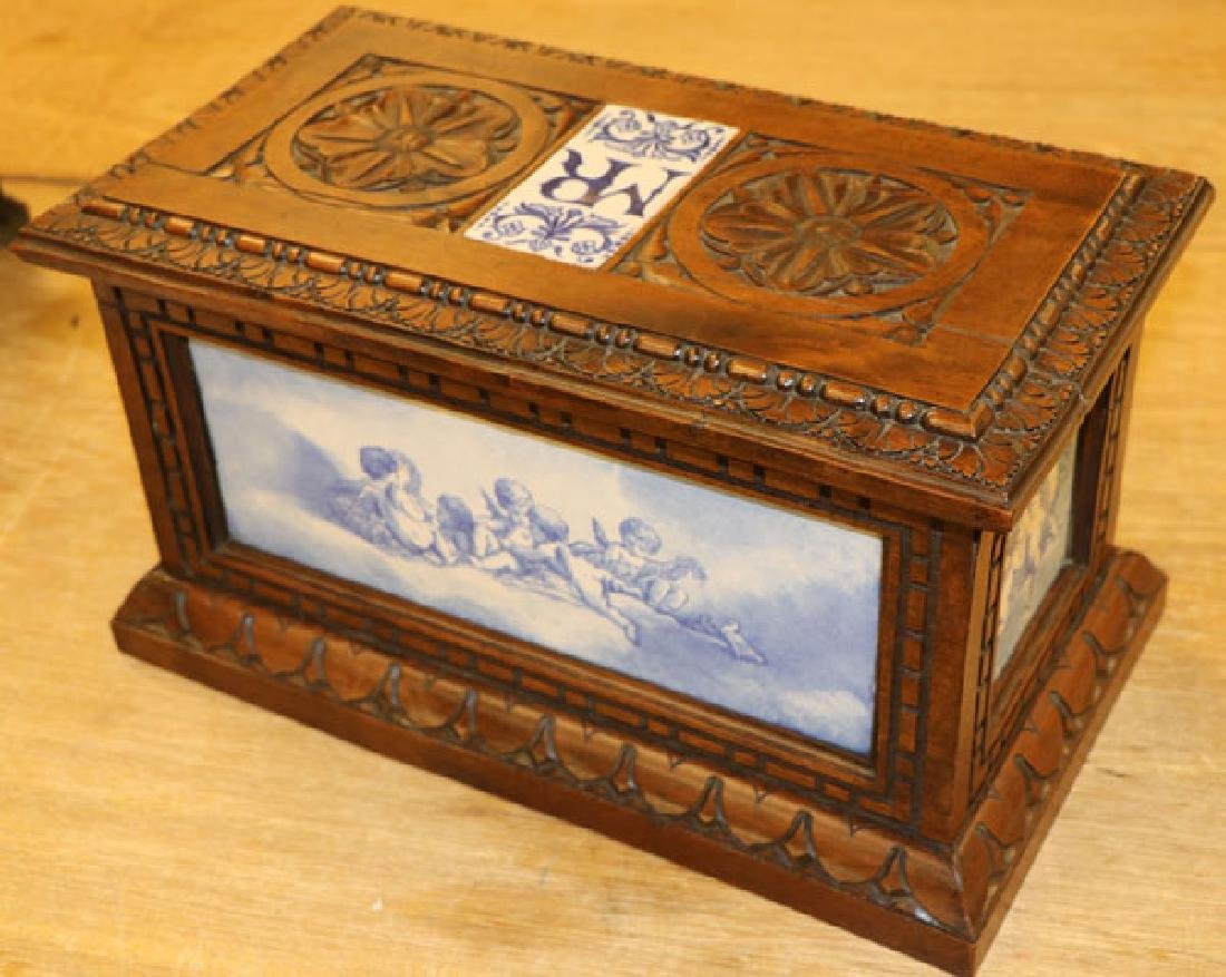 AN ITALIAN CARVED WALNUT AND MAJOLICA CASKET - 2
