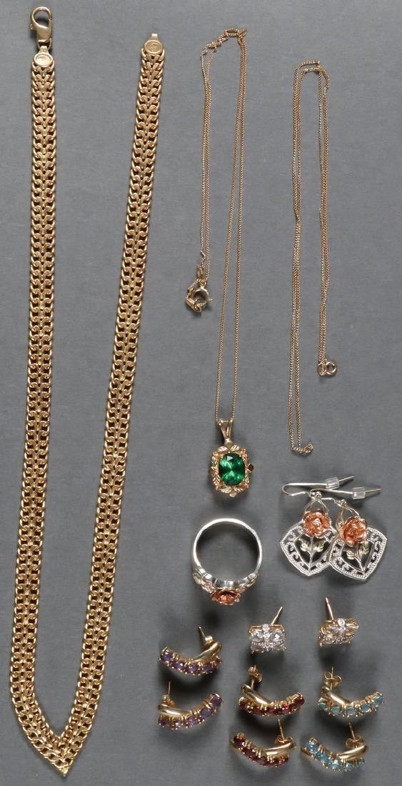 A 14 PIECE GROUP OF 10KT GOLD JEWELRY