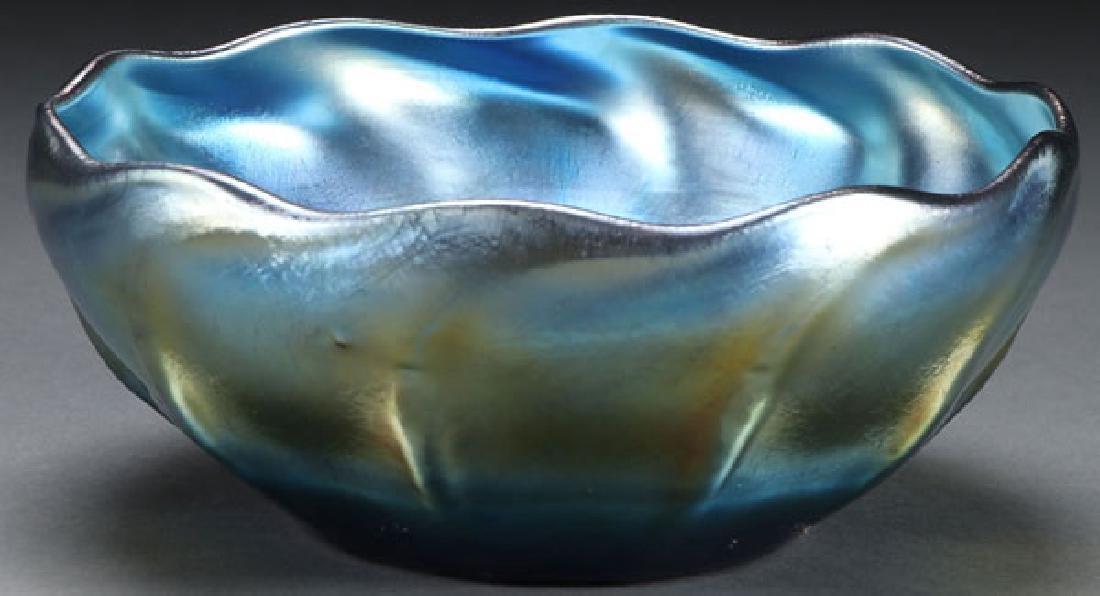 AN L. C. TIFFANY BLUE FAVRILLE ART GLASS BOWL