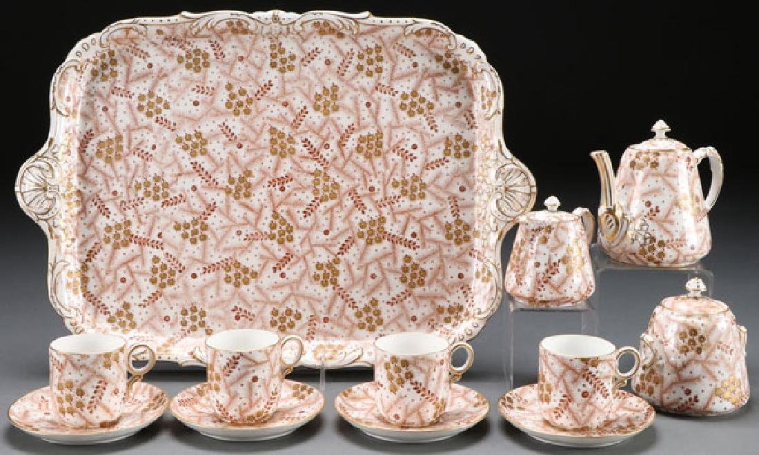 AN ENGLISH DAVENPORT CERAMIC TEA SERVICE, 19TH C