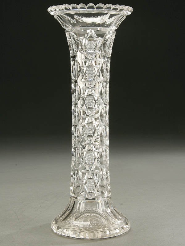 932: A FINE AMERICAN BRILLIANT CUT GLASS VASE early 20