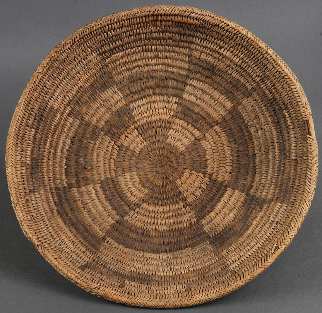 A GROUP OF THREE NAVAJO BASKETS, CIRCA 1900 - 3