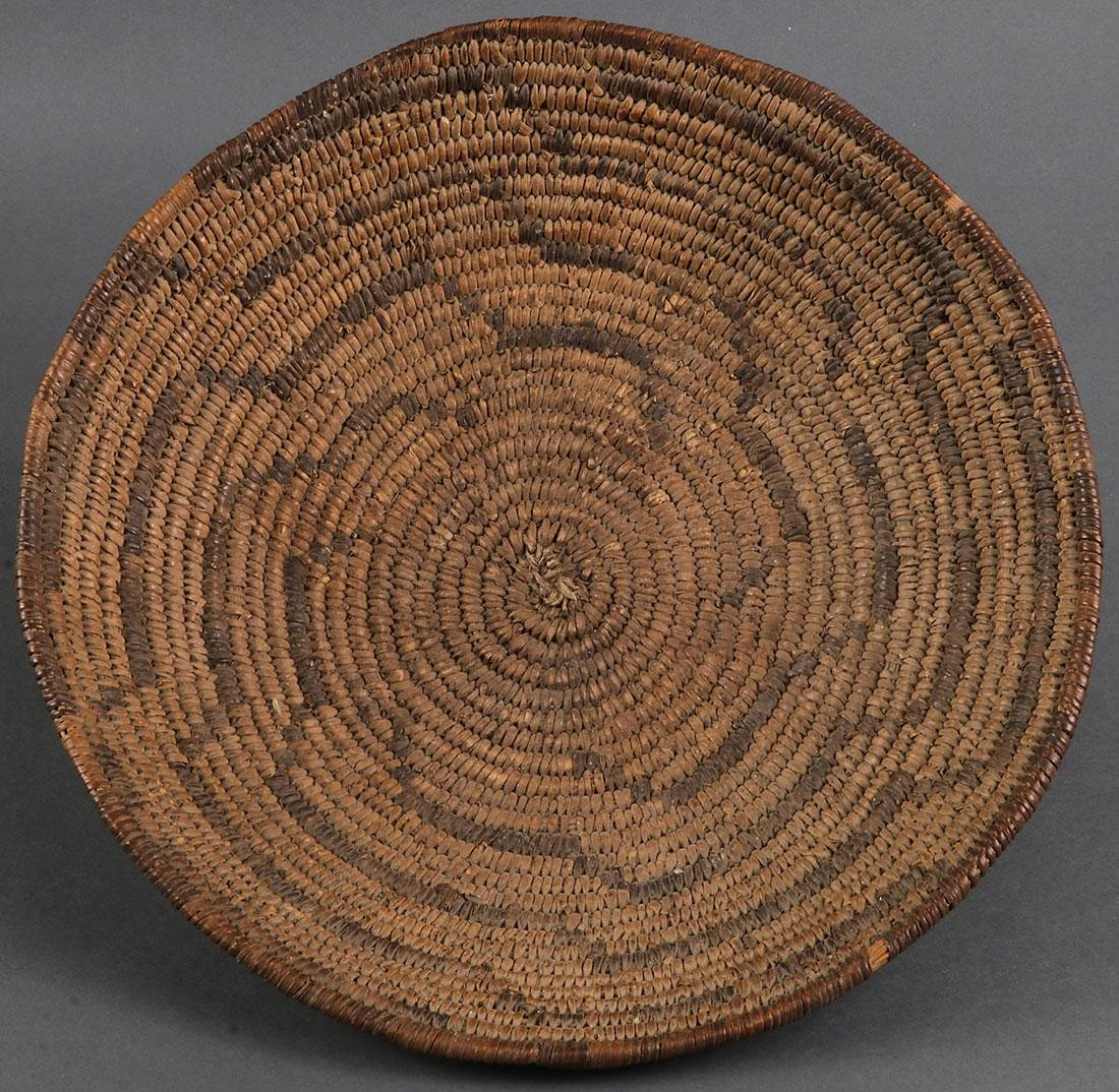 A GROUP OF THREE SOUTHWEST STYLE BASKETS - 2