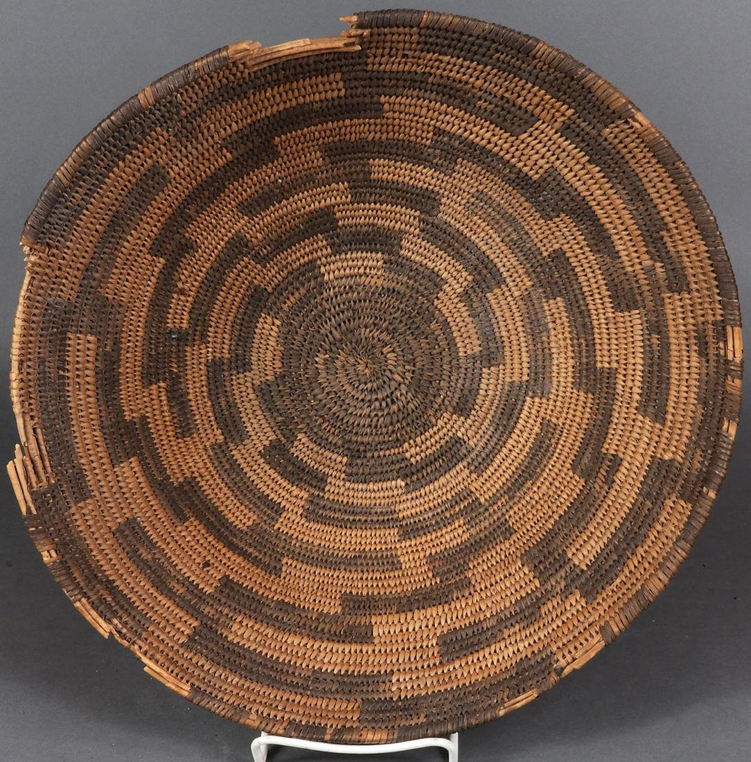 A PAIR OF SOUTHWEST WOVEN BASKETS, CIRCA 1900 - 2