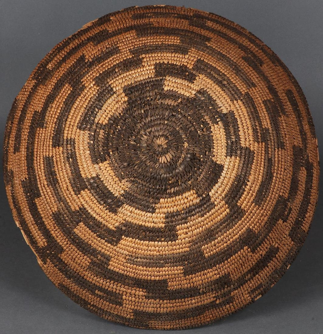 A PAIR OF SOUTHWEST WOVEN BASKETS, CIRCA 1900 - 3