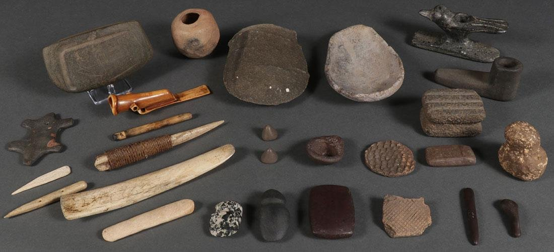 OVER TWO DOZEN NATIVE AMERICAN RELATED ITEMS
