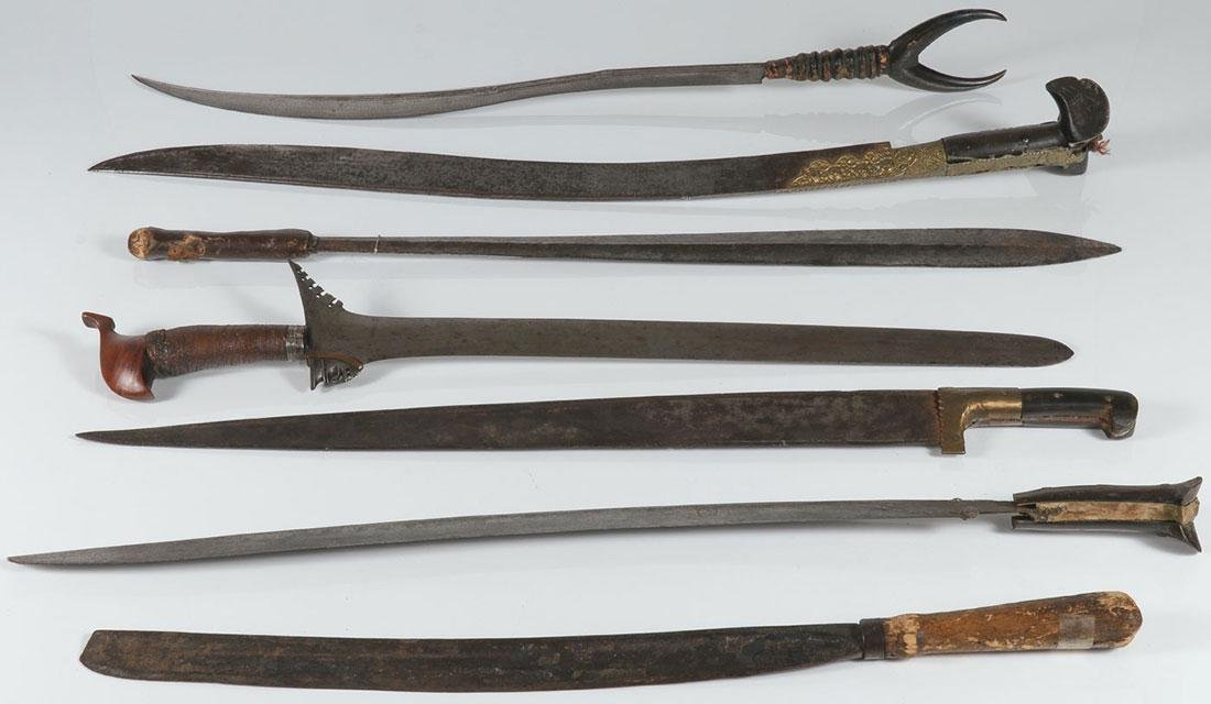 A GROUP OF SEVEN EDGED WEAPONS, 19TH CENTURY