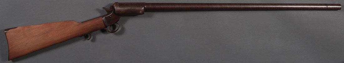 A STEVENS SINGLE SHOT TIP-UP SHOTGUN, 12 GAUGE