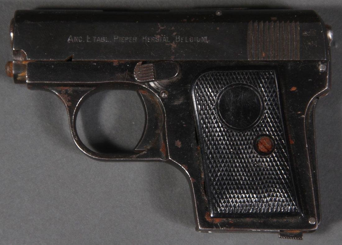 A GROUP OF THREE SEMI-AUTOMATIC PISTOLS, 20TH C.